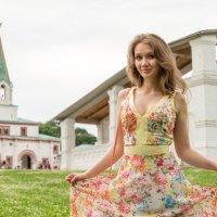 Девушка в парке :: Андрей
