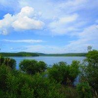 Зелено-голубой пейзаж. :: Татьяна ❁