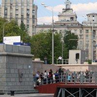 На пристане :: Сергей Кухаренко