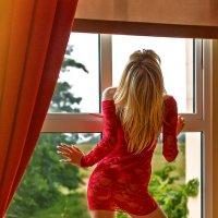 У окна :: Dmitriy Kulamov