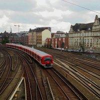 Гамбург. Поезд :: Nina Yudicheva