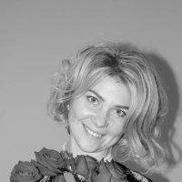 День рождения с букетом роз :: Сергей Тагиров