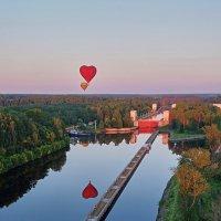 Дамба и сердце в полете :: Владимир Гулин