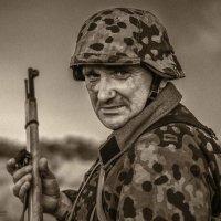 Взгляд войны :: Олег Помогайбин