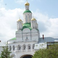 Выход из  монастыря. :: шубнякова