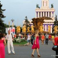 красное привлекает же :: Олег Лукьянов