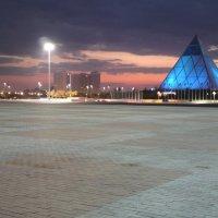 Главная площадь Астаны :: Рустем Жансеитов