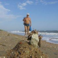 Занимаем с утра места на пляже! :: андрей иванов
