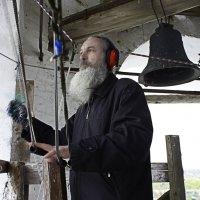 Звонарь Никитского Мужского монастыря :: Рамиль Хамзин