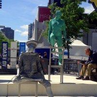 Уличные скульптуры в Монреале. :: Елена