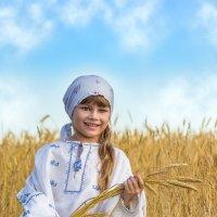 Девочка-крестьянка :: Tatsiana Latushko