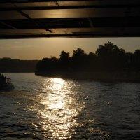 Прогулка по Москва-реке :: Нелли *