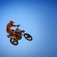 На Луну на мотоцикле :: Алексей Бойко