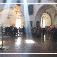 Служба в храме... :: Александр Широнин