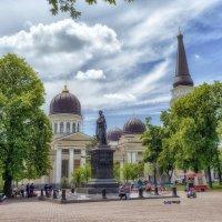 Июльский день на Соборке. :: Вахтанг Хантадзе