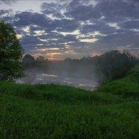 На рассвете у озерца Блюдце (Суздальский район) :: Igor Andreev