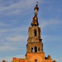 Церковь во имя Казанской иконы Божией Матери, 1857 года постройки :: Оксана Полякова