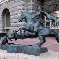 Святой  Георгий в битве с о змеем... :: Владимир Бровко