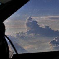 Мощно кучевая облачность превращается в кучево-дождевую.. :: Alexey YakovLev