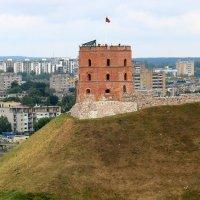 панорама Вильнюса  с колокольни  костела Святого Иоанна Крестителя :: vasya-starik Старик