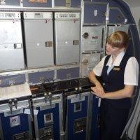 Международный день стюардесс также 12 июля. Свободная минута на кухне Боинга. :: Alexey YakovLev