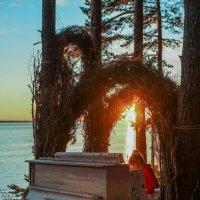 Девочка и закат :: Екатерина Асютина