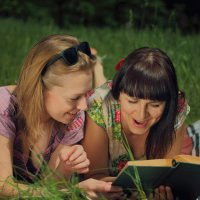 Чтение не только полезно, но и приятно. Читайте книги господа. :: Вячеслав Ложкин