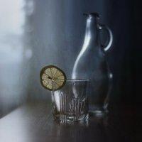 С лимоном и капелькой... :: Liliya