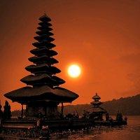 Храм Улун Дану.Бали.Индонезия. :: Рустам Илалов