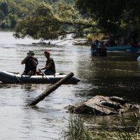 Танк в реке :: Роман Скоморохов