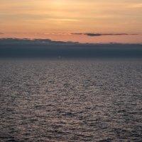 Последний милиметр закатного солнца :: Евгений Никифоров