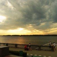 Прогулка по набережной Самары :: nika555nika Ирина