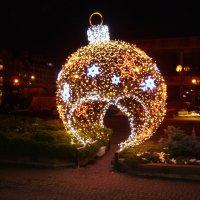 Новогодняя   гирлянда  в  Ивано - Франковске :: Андрей  Васильевич Коляскин