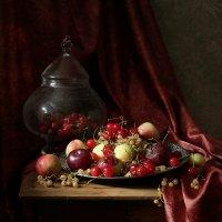 Фруты-ягоды :: Татьяна Карачкова