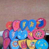 Расписный щиты с рыцарского турнира из Петропавловской крепости. :: Светлана Калмыкова