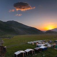 Летние лагеря в Джылы Су :: Владимир КРИВЕНКО