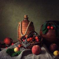 Натюрморт с фруктами :: Ирина Приходько