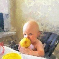 Мальчик с грушей :: Александр Акилов