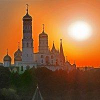 Когда солнце бьёт в глаза :: Виталий Авакян