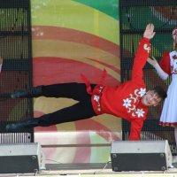 Танец :: Юрий Бомштейн