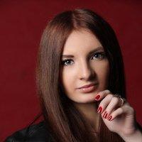 Красивая девушка :: Ирина Говриленко