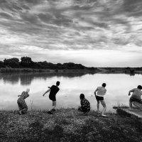 Игры на воде :: Владимир КРИВЕНКО