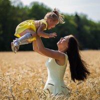 Мама и дочь :: Юлия