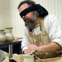гончар,работающий вслепую :: Олег Лукьянов