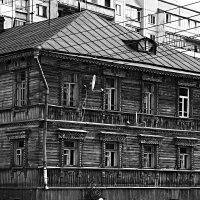В центре мегаполиса. :: Александр Строков