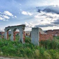 Живописные развалины... :: Светлана Игнатьева