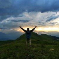 Проводы дня в горах :: Всеволод
