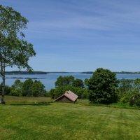 """Вид из окна """"Roosevelt Cottage"""" на залив Fundy (о. Кампабелло, Канада) :: Юрий Поляков"""