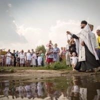 Крещение на пруду :: Олег Лунин