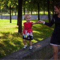Ксюша и Анечка :: Ekaterina Usatykh